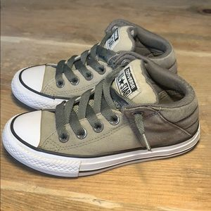 Converse Chuck Taylor All Star Axel Slip On Shoes